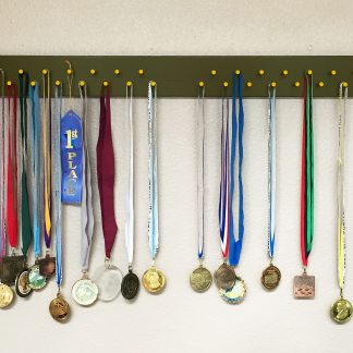 "ActionCraftworks.com 30 peg, 36"" wide, double row, rounded corners, sports medals display rack, green, front"